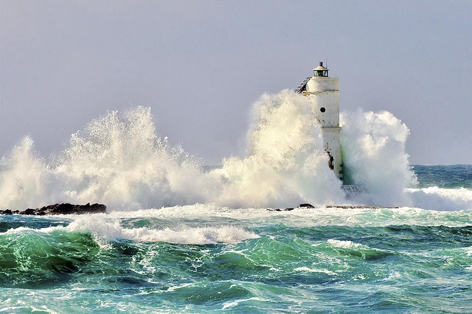 Crashing Waves - Light EQ