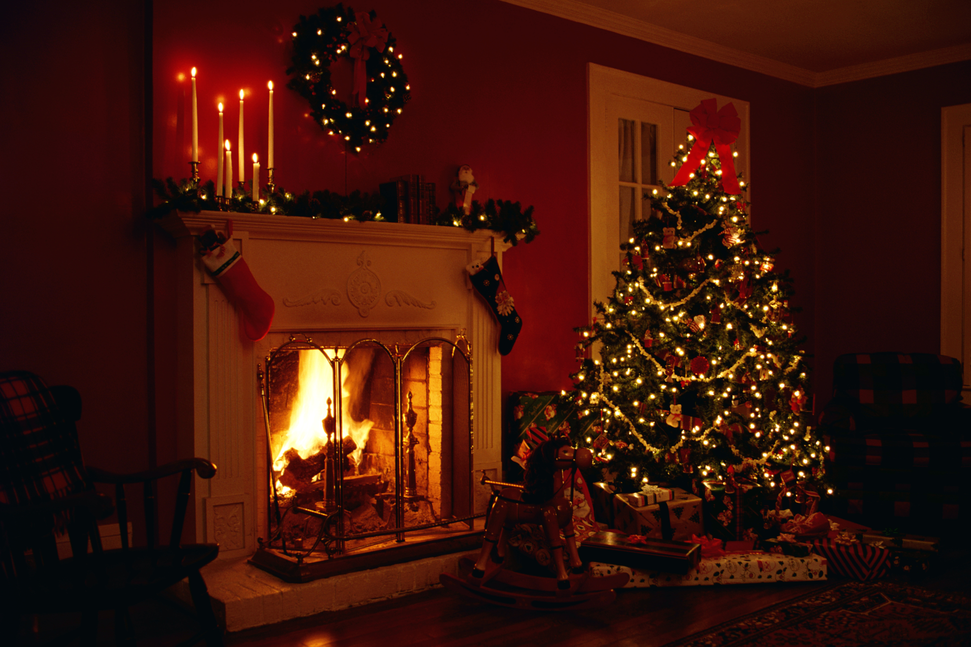 Fireplace with Chrismas Tree